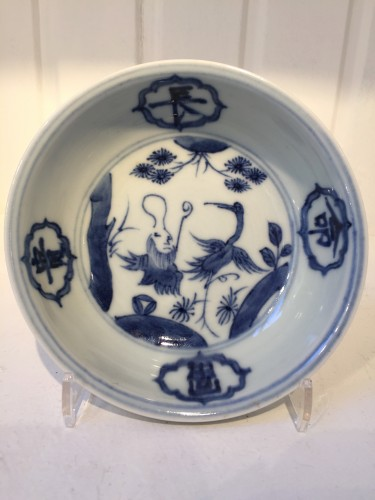 Asian Art & Antiques  - Ming bowl with Daoist Immortal (Jiajing 1521-1567)