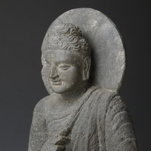 Gandharan sculpture of the Buddha (2nd-4th cent. AD) - Asian Art & Antiques Style