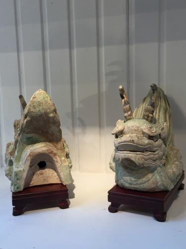 Antiquités - A Pair of Ming Dragon Rooftiles (15th century)