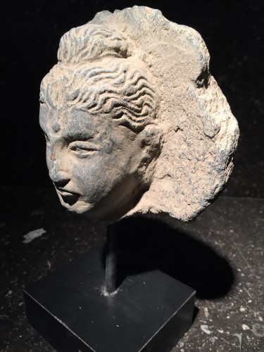 Head of the Buddha (Gandhara, 2nd-4th century AD) - Asian Art & Antiques Style Middle age