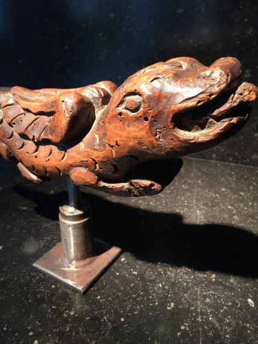 Flying Dragon 16th century - Sculpture Style Middle age