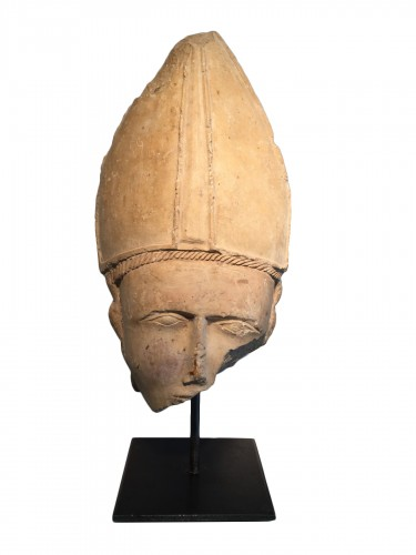 Bischop's head, Central France 14th century