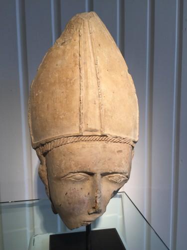 Bischop's head, Central France 14th century -