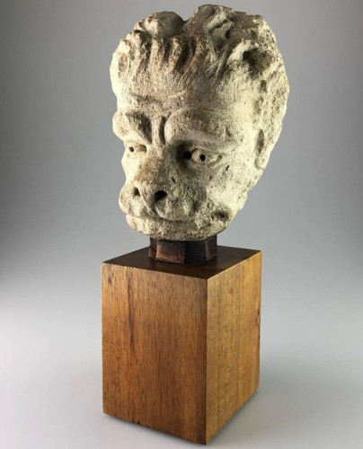 <= 16th century - Head of a Lion, France 15th century