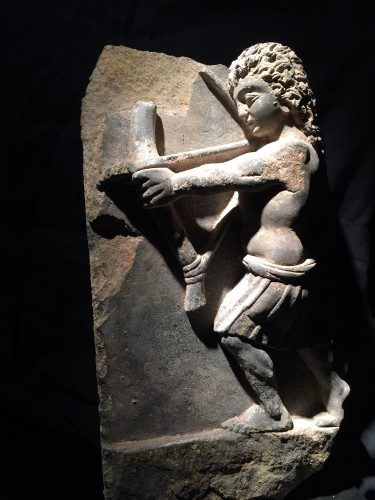 16th century - Archer (Gandhara, 2nd-4th cent)