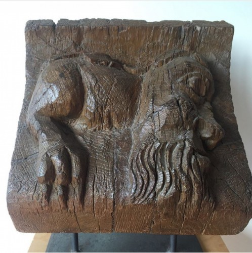 Middle age - Wooden Corbel with anthropomorphic monster - France, ca 1500