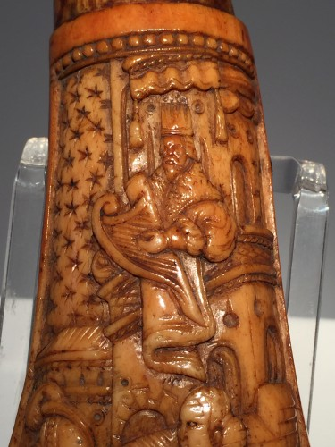 <= 16th century - Body of powder horn (Germany, 16th century)