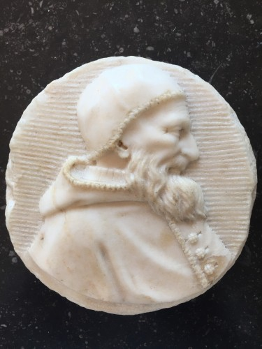 Male portrait in white marble medaillon (Italy, 16th century) - Renaissance