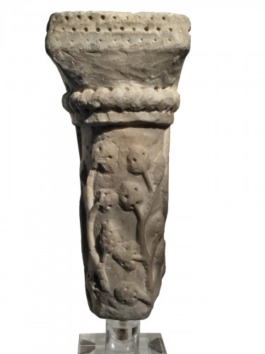 Marble column fragment (Italy, end of 12th cent)
