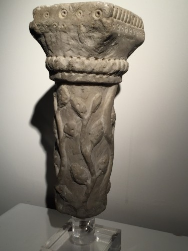 Marble column fragment (Italy, end of 12th cent) - Middle age