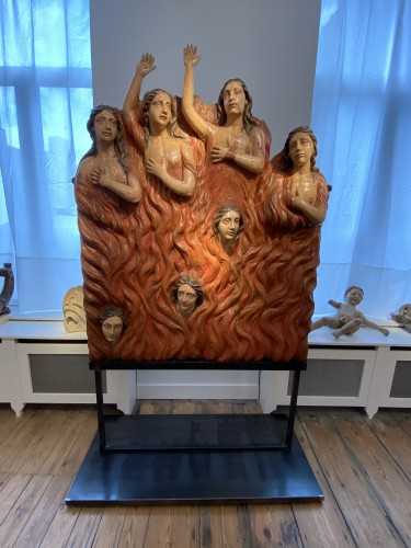 Seven Souls in Purgatory (Spain, ca 1700) - Exceptional and monumental - Sculpture Style