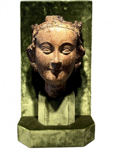 Crowned Holy Virgin (Île-de-France, 13th cent)