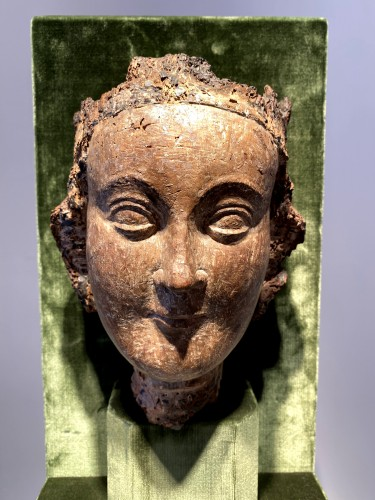 Crowned Holy Virgin (Île-de-France, 13th cent) -