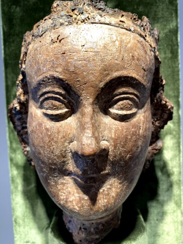 Crowned Holy Virgin (Île-de-France, 13th cent) - Middle age