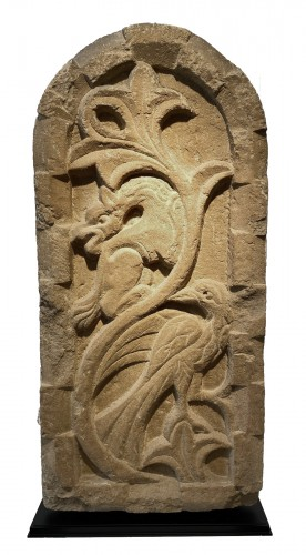 Stele with Griffin and Bird (Italy, 13th cent)