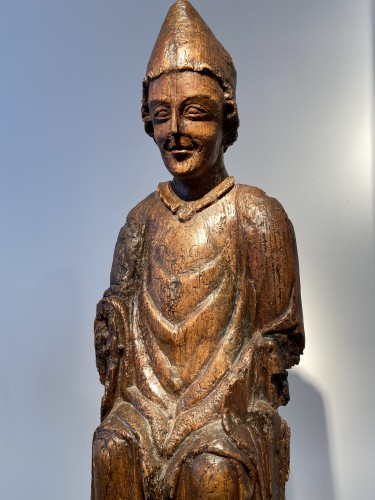 Middle age - Enthroned Bishop - France, 14th century