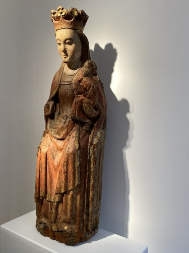 <= 16th century - Enthroned Virgin with Child, France 14th century