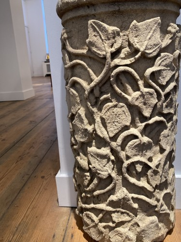 Large fragment of a Column, France 13th century - Sculpture Style Middle age