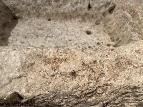Antiquités - Drinking trough (Spain, ca 1700)