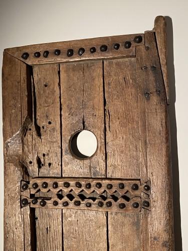 Antiquités - Barndoor (France, 17th)