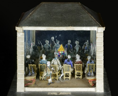 Glass & Crystal  - An exceptional lampwork glass scene -  Banquet in a house