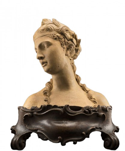 Giovanni Marchiori (1696-1778) - A terracotta bust of Flora