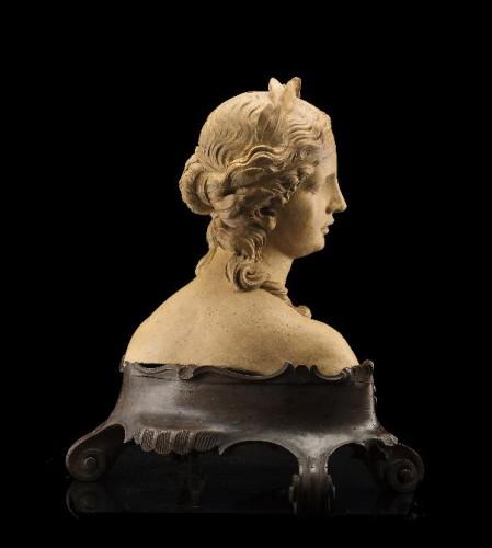 Sculpture  - Giovanni Marchiori (1696-1778) - A terracotta bust of Flora