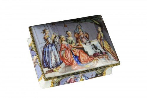 A gilt-metal mounted Battersea enamel snuff-box