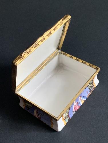 Objects of Vertu  - A gilt-metal mounted Battersea enamel snuff-box