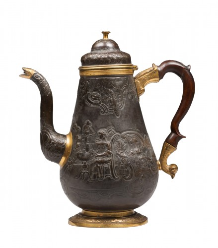 A gilt and patinated copper coffee pot - Ural, circa 1770