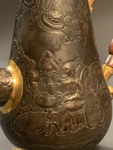 18th century - A gilt and patinated copper coffee pot
