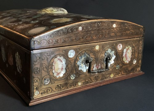Objects of Vertu  - A Spa marquetry wig box