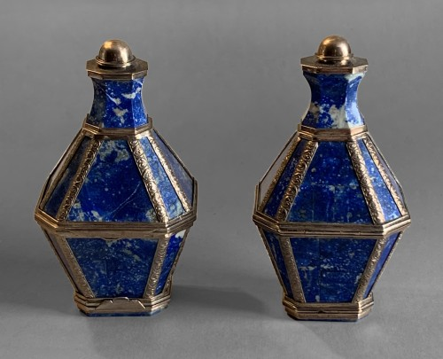 A pair of gold mounted lapis lazuli boxes/flasks - Objects of Vertu Style
