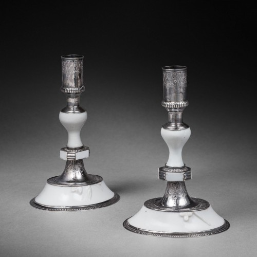 "A pair of silver mounted ""blanc de Chine"" candlesticks - Lighting Style"