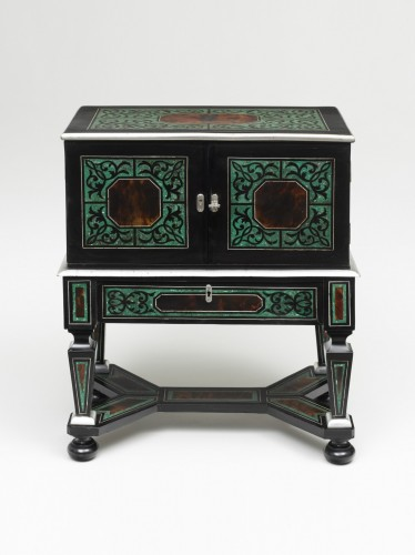 Furniture  - A rare small cabinet on stand- Probably Antwerp, 17th century