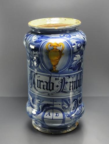 Porcelain & Faience  - A maiolica Albarello - Venice, second third of the 16th century