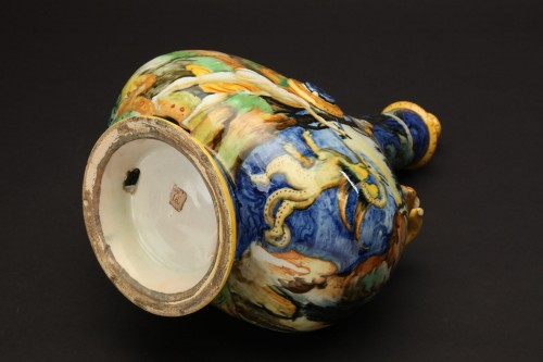 A maiolica pilgrim flask-Urbino, Xanto Avelli workshop, circa 1540-1550 - Porcelain & Faience Style Renaissance