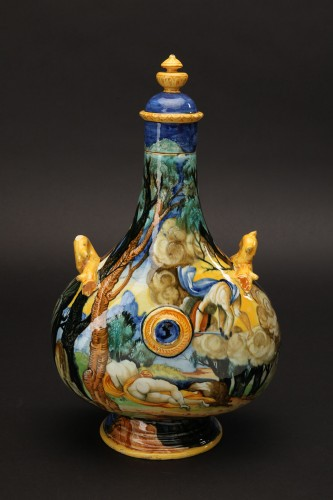 A maiolica pilgrim flask-Urbino, Xanto Avelli workshop, circa 1540-1550 - Renaissance