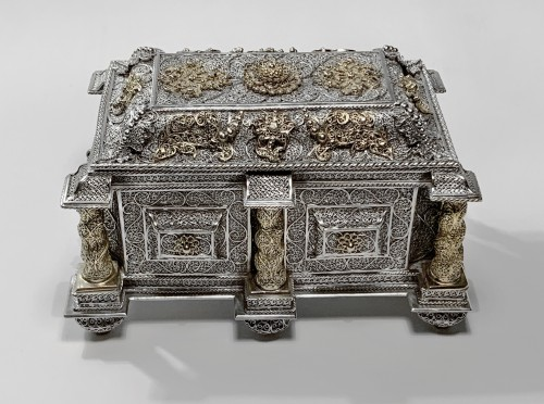 Silver and silver-gilt filigree casket - Goa, circa 1650 - Antique Silver Style