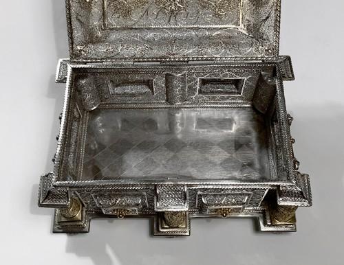 Antique Silver  - Silver and silver-gilt filigree casket - Goa, circa 1650