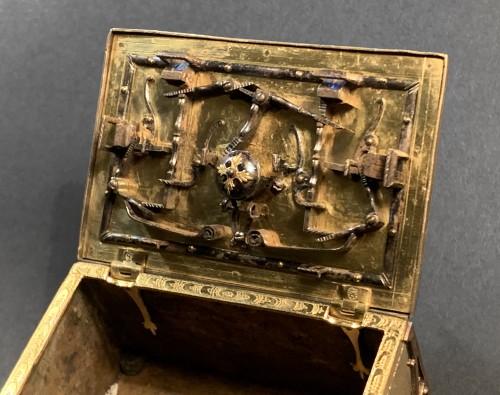 <= 16th century - A Michel Mann Gilt-Brass Box, circa 1600