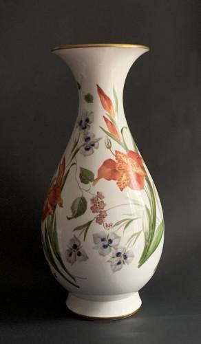 Porcelain & Faience  - A large Sèvres porcelain vase (Vase Bertin)