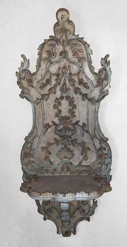 An Ottoman turban stand (kavukluk), late 18th century -