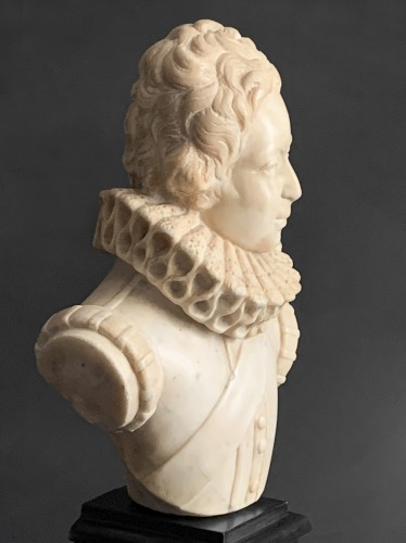 Sculpture  - A White Marble Bust of Young Louis XIII