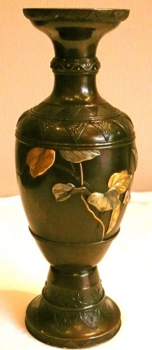 Japanese Bronze Vase with Gold and Silver Decoration - Asian Art & Antiques Style
