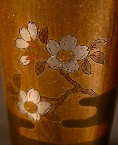 Pair of Japanese Bronze Vases with Fuji and Cherry trees decorations - Asian Art & Antiques Style
