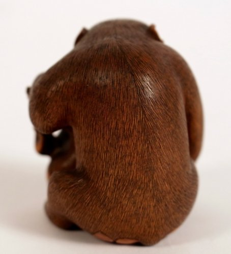 Asian Art & Antiques  - Very Nice boxwood Okimono A Monkey with his Little