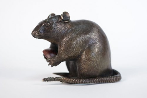 Japanese Bronze of a Small Rat Holding a Chestnut. - Asian Art & Antiques Style