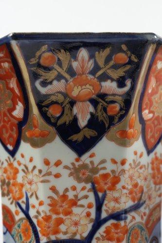 Antiquités - Pair of Japanese Porcelain Vases in Imari Enamels