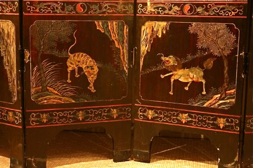 19th century - 19th century 8-Panel Chinese screen in Coromandel lacquer
